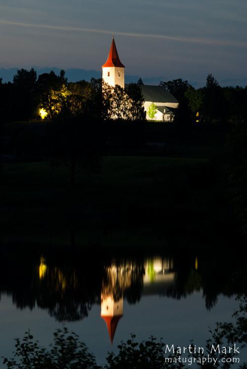 Kirik järves