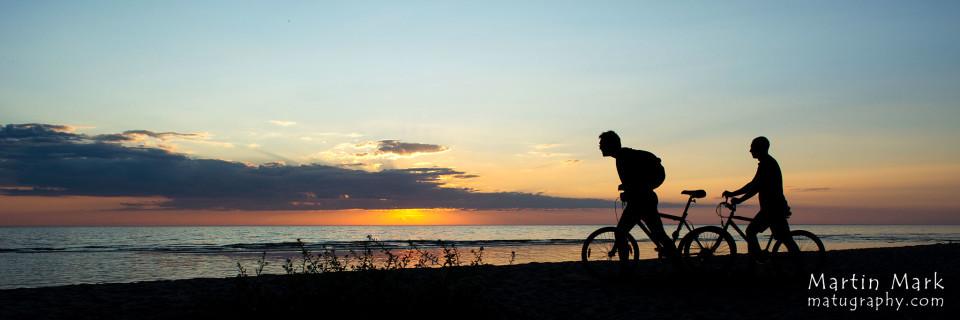 Jalgratturid rannas