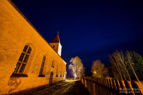 Teel kirikusse