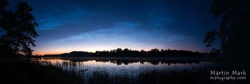 Helkivad ööpilved Rõuge Suurjärve kohal