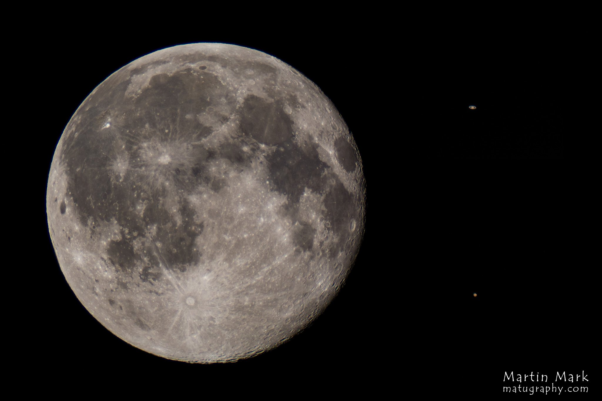 Kuu, Saturn, Marss