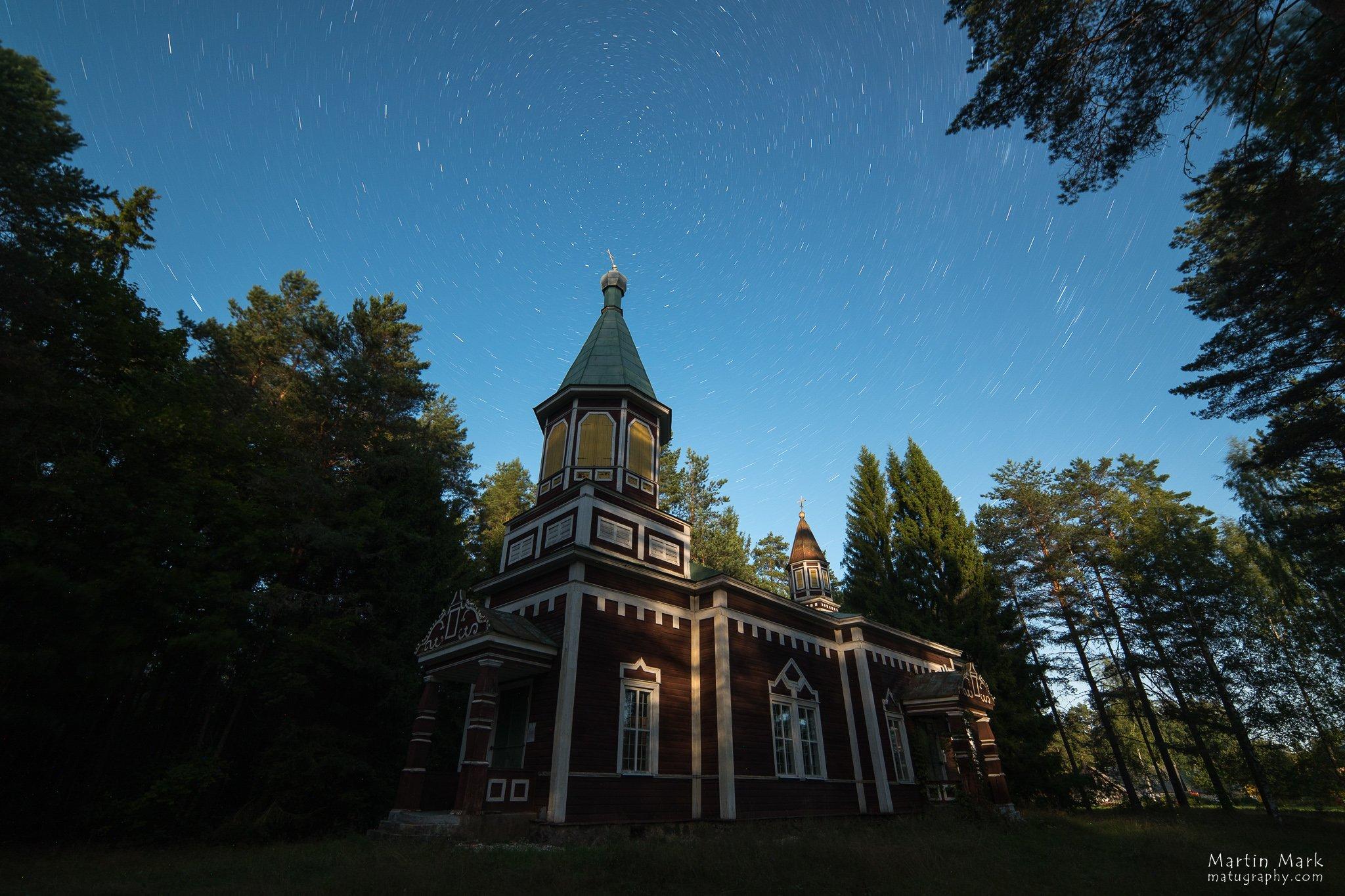Ristiku kirik Põhjanaela all